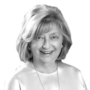 Photo of Elaine Palastrant from Brown Harris Stevens | Zilbert