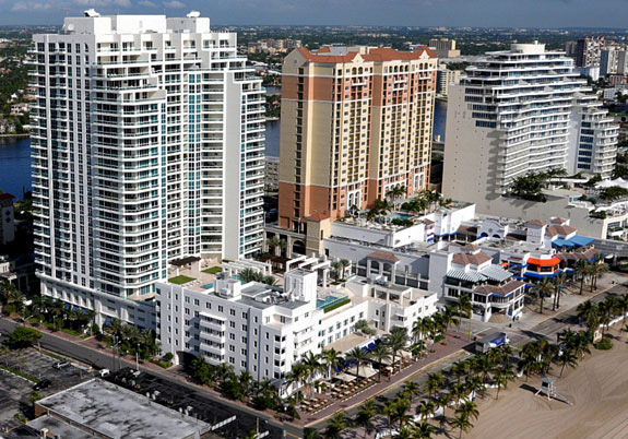 Las Olas Beach Club Condo Photo