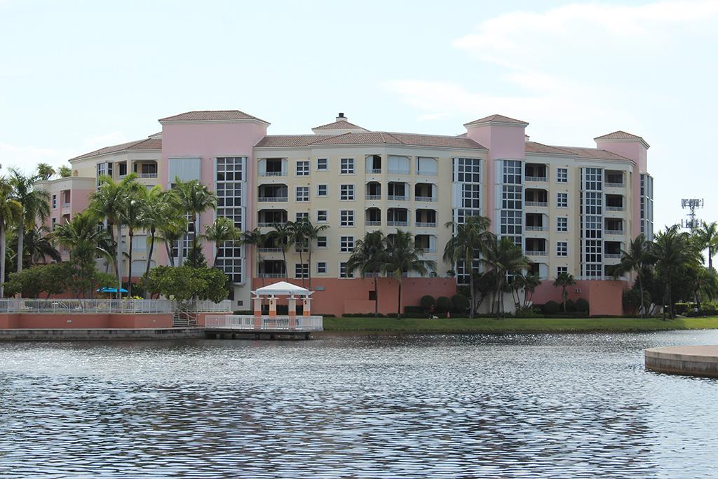 Ocean Club Lake Villa 3 Condo Photo