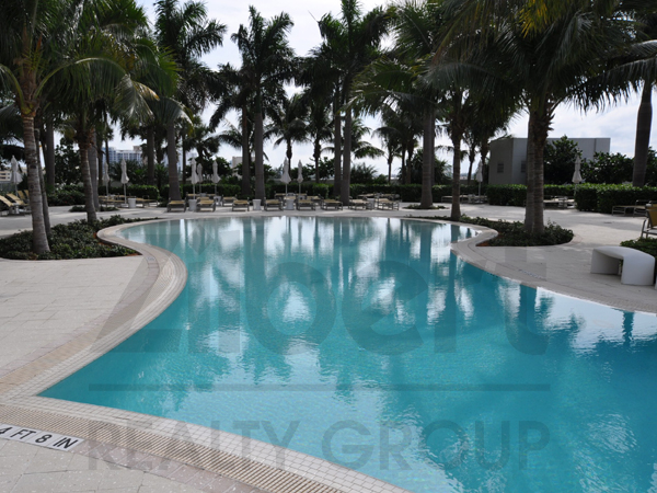 Plaza at Oceanside Condo Photo