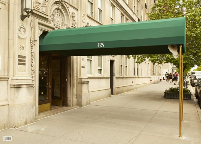Additional photo for property listing at 65 CENTRAL PARK WEST  New York, New York,10023 Stati Uniti