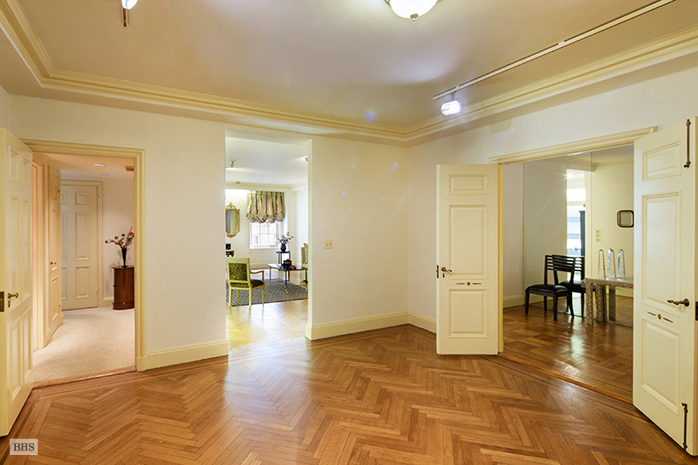 14 Sutton Place South, Midtown East, NYC, $1,675,000, Web #: 12027791