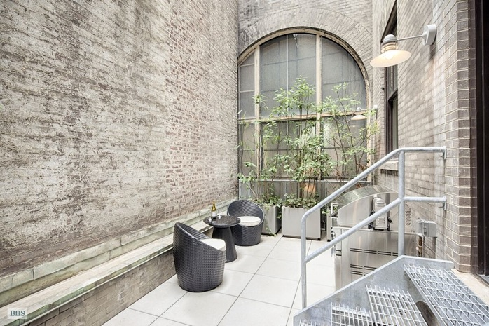 Additional photo for property listing at 138 PIERREPONT STREET 2A  Brooklyn, New York,11201 Verenigde Staten