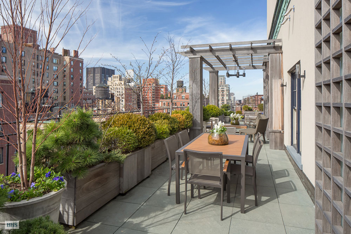 Additional photo for property listing at 150 EAST 93RD STREET  New York, New York,10128 Vereinigte Staaten