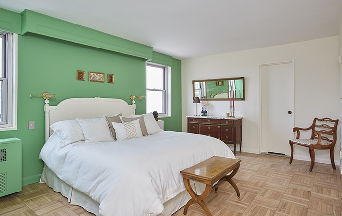 Additional photo for property listing at BY APPOINTMENT ONLY 70 EAST 10TH STREET New York, New York,10003 Vereinigte Staaten