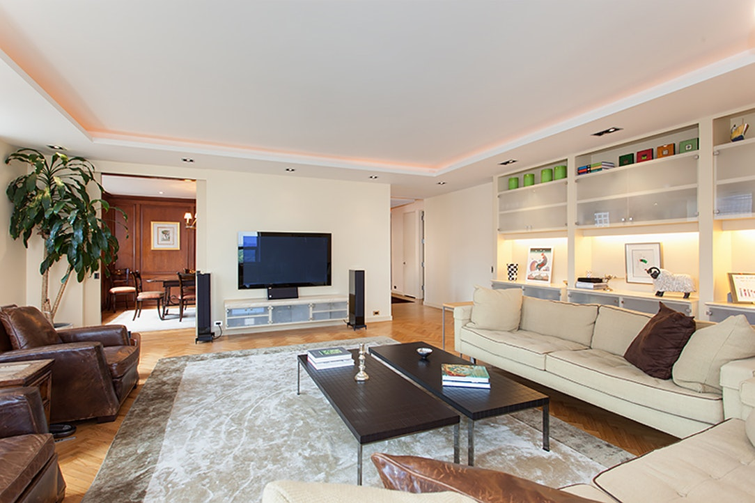 Additional photo for property listing at 15 WEST 53RD STREET  New York, Нью-Йорк,10019 Соединенные Штаты