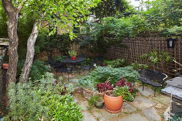 Additional photo for property listing at 882 Carroll Street  Brooklyn, New York,11215 Vereinigte Staaten