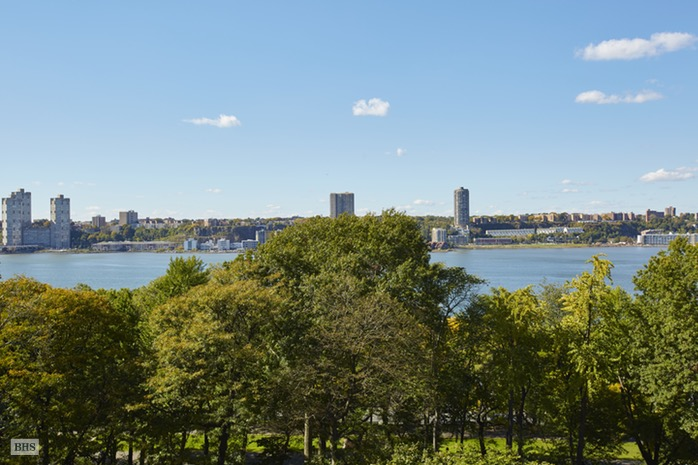 Additional photo for property listing at 160 RIVERSIDE DRIVE  New York, New York,10024 Hoa Kỳ