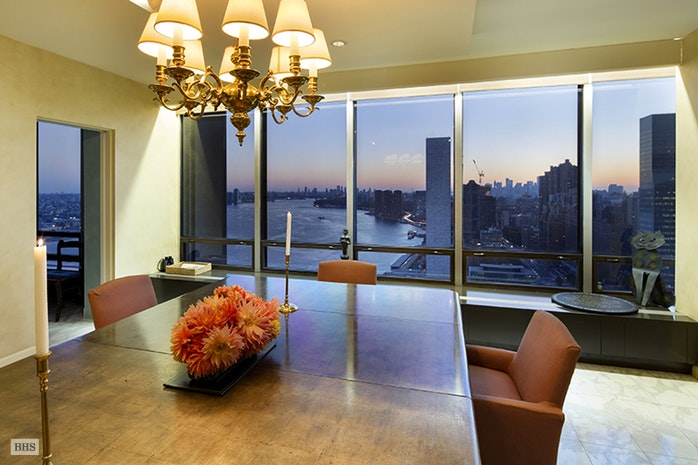 Additional photo for property listing at 870 UNITED NATIONS PLAZA  New York, Nueva York,10017 Estados Unidos