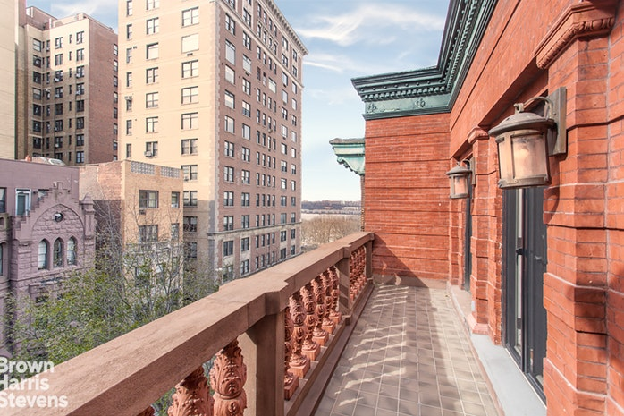 Additional photo for property listing at 327 WEST 76TH STREET  New York, Nueva York,10023 Estados Unidos