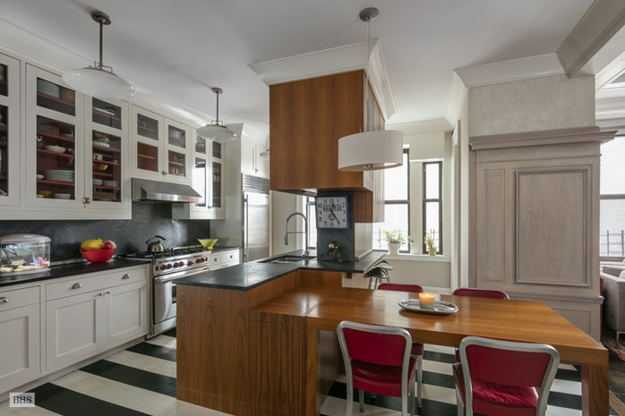 Additional photo for property listing at 420 RIVERSIDE DRIVE  New York, New York,10025 États-Unis