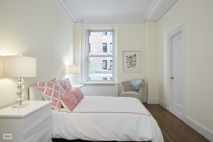 Additional photo for property listing at 1155 PARK AVENUE  New York, New York,10128 États-Unis