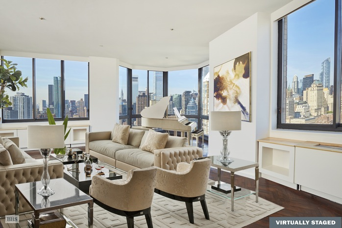 Condominio por un Venta en 200 EAST 65TH STREET New York, Nueva York,10065 Estados Unidos