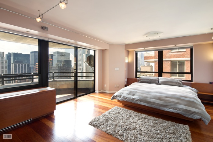 Additional photo for property listing at 240 EAST 47TH STREET  New York, 뉴욕,10017 미국