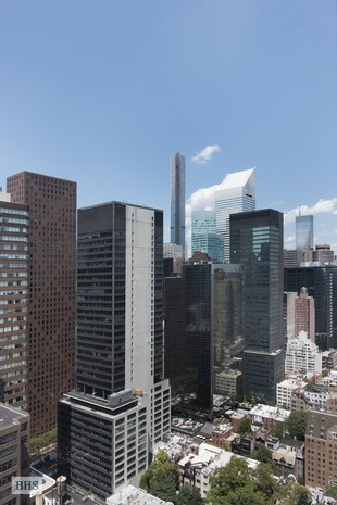 240 East 47th Street, Midtown East, NYC, $3,400,000, Web #: 14509689