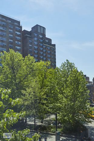 Additional photo for property listing at 122 GREENWICH AVENUE  New York, ニューヨーク,10011 アメリカ合衆国