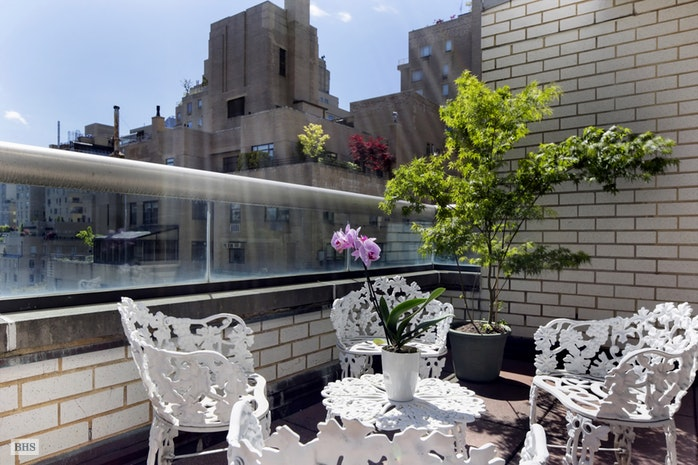 Additional photo for property listing at 10 EAST 70TH STREET  New York, New York,10021 Verenigde Staten