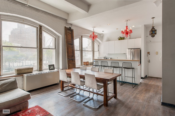 Additional photo for property listing at 321 WEST 13TH STREET  New York, New York,10014 États-Unis