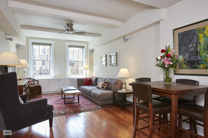 Additional photo for property listing at 11 WEST 69TH STREET  New York, New York,10023 Hoa Kỳ