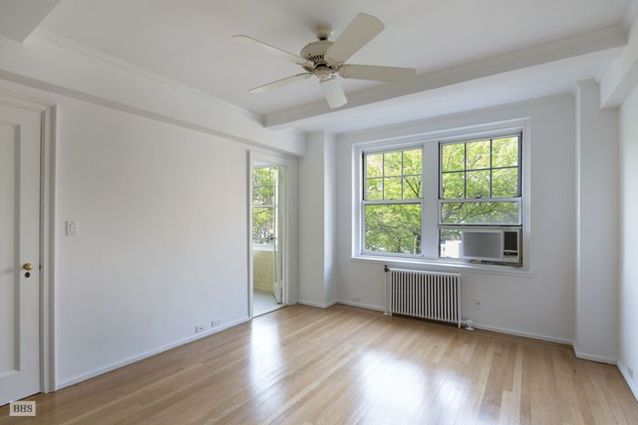 Additional photo for property listing at 2 HORATIO STREET  New York, New York,10014 Verenigde Staten