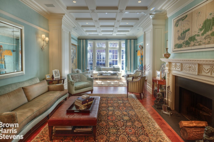 Maison unifamiliale pour l Vente à 128 East 74th Street New York, New York,10021 États-Unis