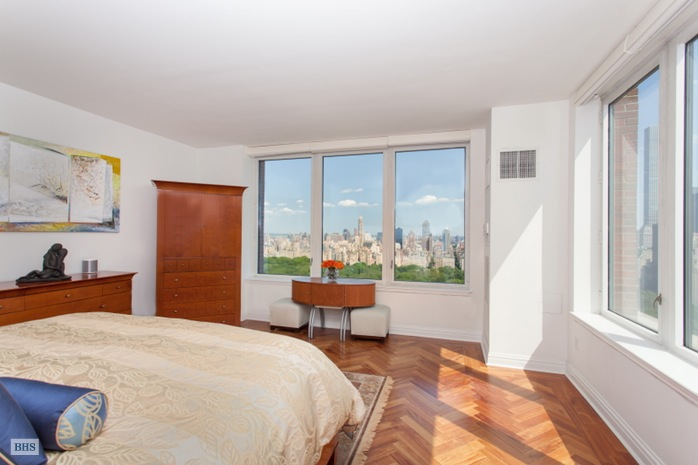 Additional photo for property listing at 15 WEST 63RD STREET  New York, New York,10023 États-Unis