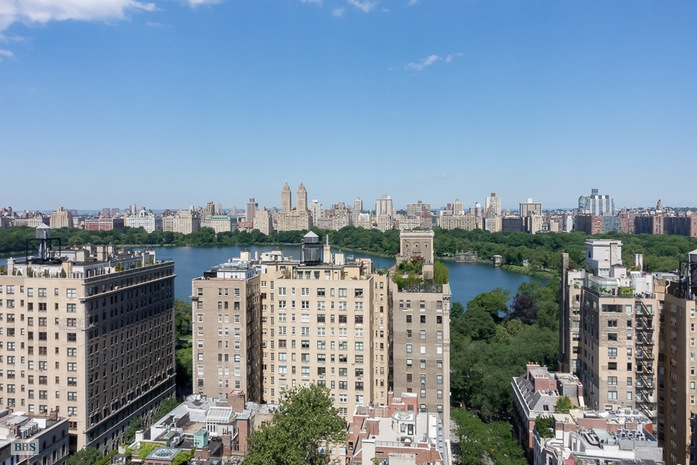 Additional photo for property listing at 40 EAST 94TH STREET  New York, New York,10128 Stati Uniti