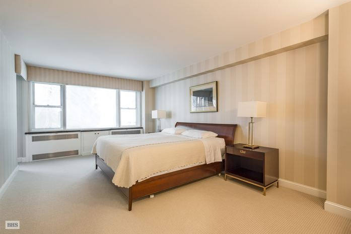 Additional photo for property listing at 35 SUTTON PLACE  New York, New York,10022 États-Unis