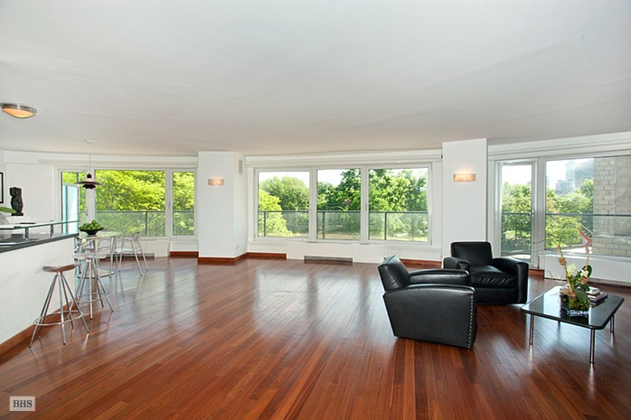 Additional photo for property listing at 200 CENTRAL PARK SOUTH  New York, New York,10019 États-Unis