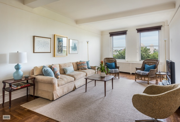 Additional photo for property listing at 54 RIVERSIDE DRIVE  New York, New York,10024 États-Unis