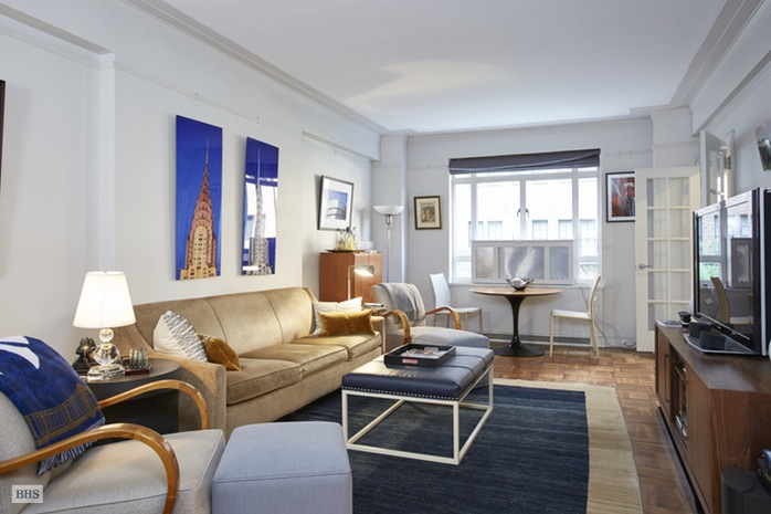 Additional photo for property listing at 25 CENTRAL PARK WEST  New York, New York,10023 Stati Uniti
