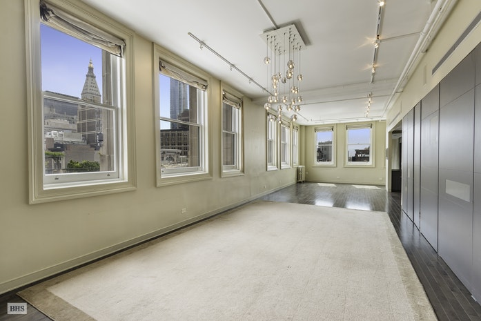 Additional photo for property listing at 140 FIFTH AVENUE  New York, New York,10011 Stati Uniti