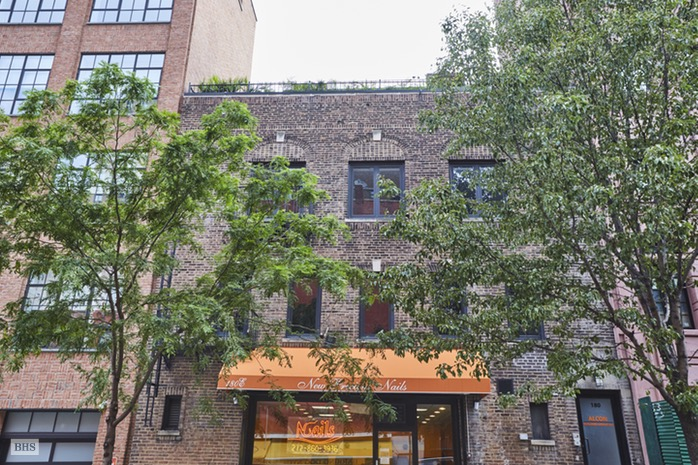 Additional photo for property listing at 180 EAST 94TH STREET  New York, New York,10128 États-Unis