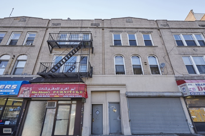 Additional photo for property listing at 6754 -6756 Fourth Avenue  Brooklyn, Nueva York,11209 Estados Unidos