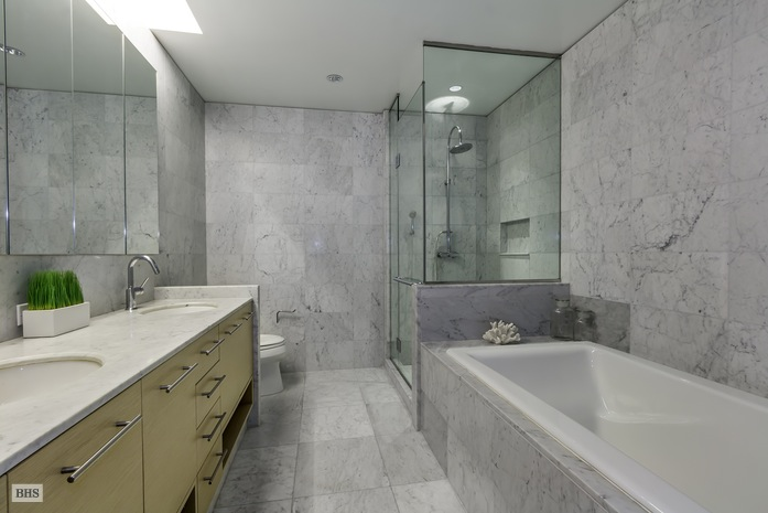 Additional photo for property listing at 310 EAST 53RD STREET  纽约, 纽约州,10022 美国