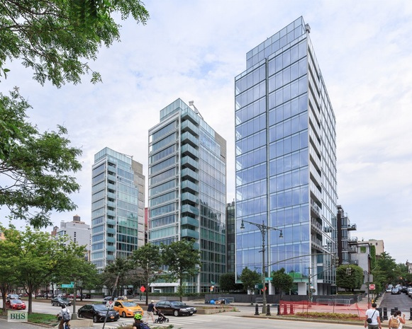 Additional photo for property listing at 165 CHARLES STREET  New York, New York,10014 États-Unis