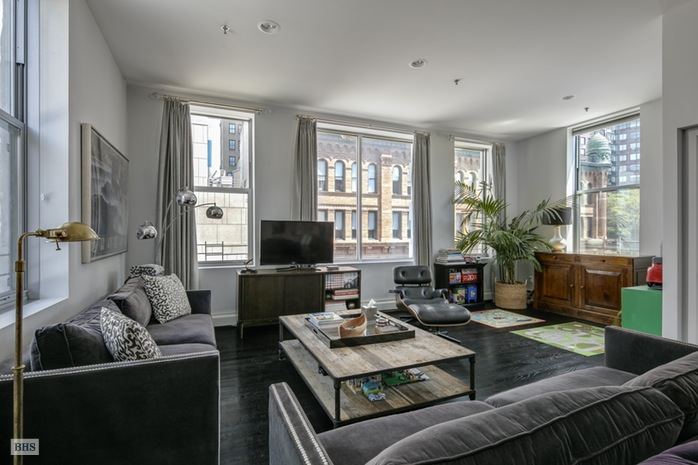 Additional photo for property listing at 56 EAST 13TH STREET  New York, New York,10003 Hoa Kỳ