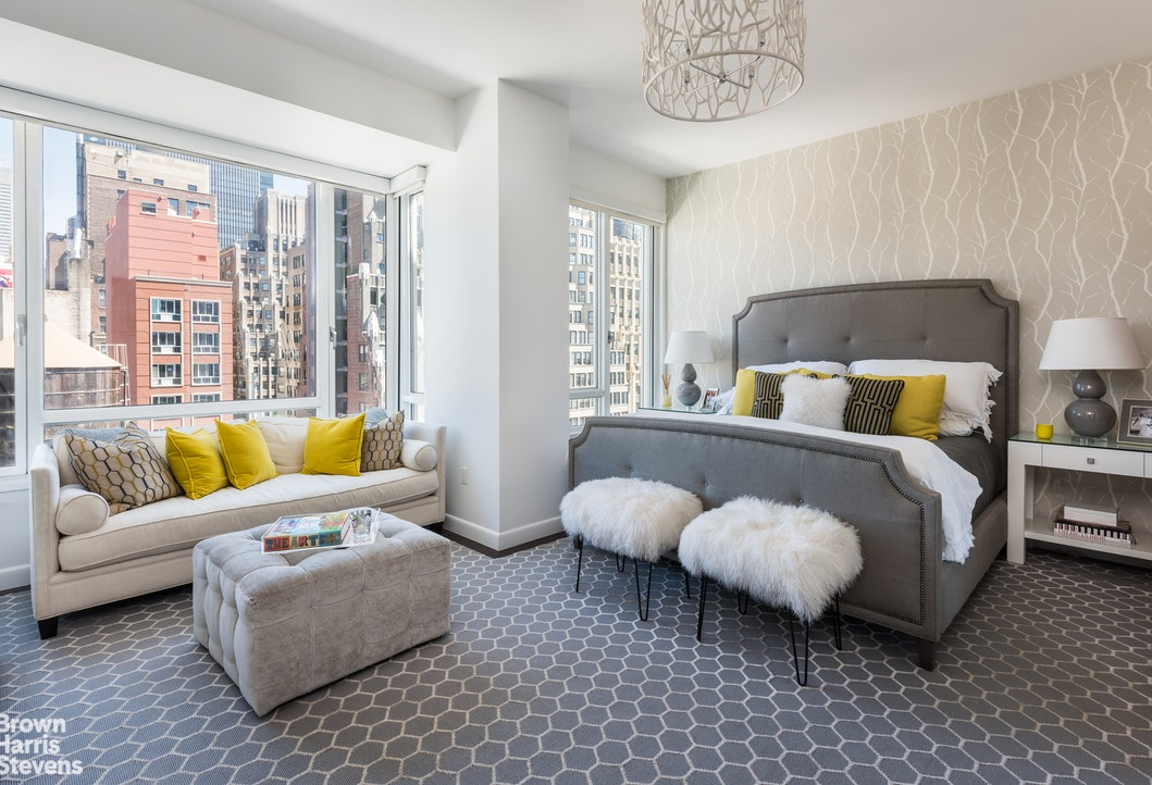 Additional photo for property listing at 261 WEST 28TH STREET  New York, New York,10001 États-Unis