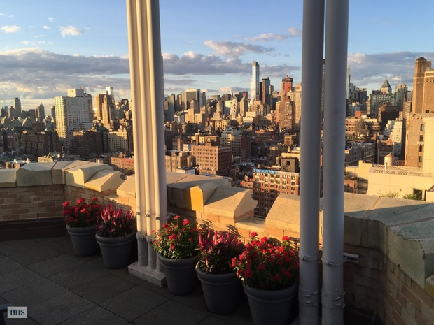Additional photo for property listing at Unique Penthouse Loft 2166 BROADWAY NEW YORK, Нью-Йорк,10024 СОЕДИНЕННЫЕ ШТАТЫ