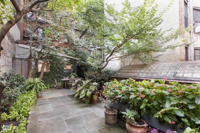 Additional photo for property listing at 234 WEST 10TH STREET  New York, 뉴욕,10014 미국