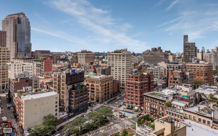 Additional photo for property listing at 56 Leonard Street 17AE  New York, New York,10013 États-Unis