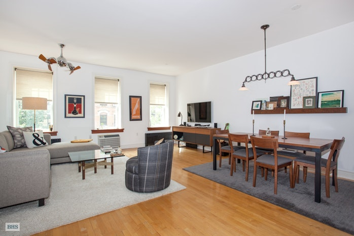 Additional photo for property listing at 203 East 7th Street  New York, New York,10009 Stati Uniti