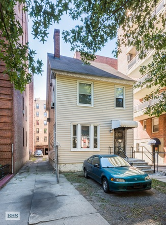 Additional photo for property listing at 250 LENOX ROAD  Brooklyn, 紐約州,11226 美國