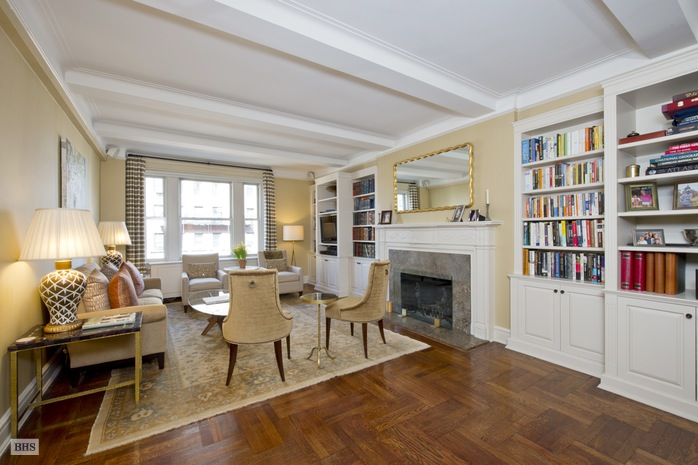 Additional photo for property listing at 70 EAST 96TH STREET  New York, Nova York,10128 Estados Unidos