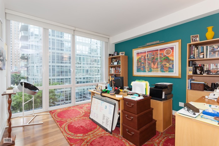 Additional photo for property listing at 10 WEST END AVENUE  New York, New York,10023 États-Unis