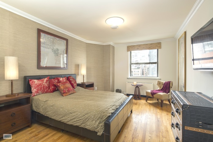 Additional photo for property listing at 18 EAST 12TH STREET 7AD  New York, New York,10003 Stati Uniti
