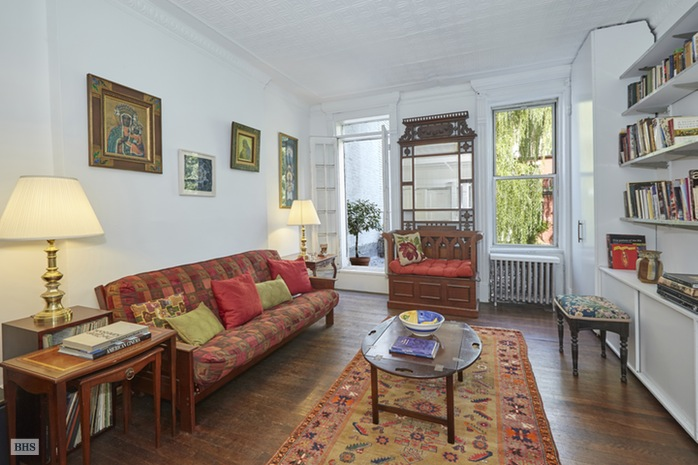 Additional photo for property listing at 47 West 94th Street  New York, Nueva York,10025 Estados Unidos