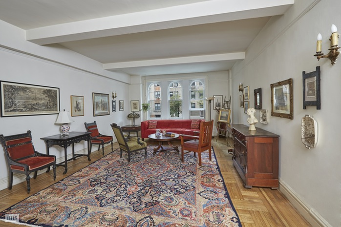 Additional photo for property listing at 50 WEST 96TH STREET  New York, New York,10025 Stati Uniti