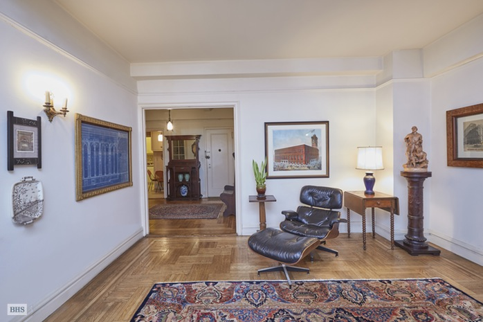 Additional photo for property listing at 50 WEST 96TH STREET  New York, Nova York,10025 Estados Unidos