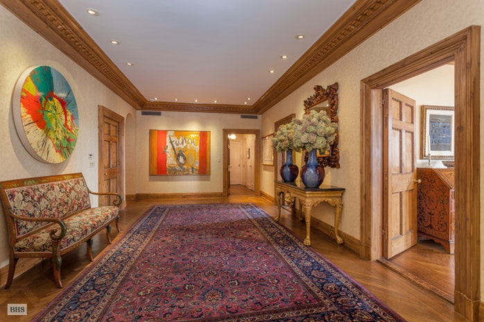 Additional photo for property listing at 993 FIFTH AVENUE  New York, New York,10028 Verenigde Staten
